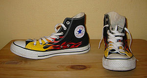 300px-Converse_Chucks_shoes_black_with_flames.jpg